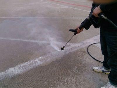 高压水枪是如何对物品进行清洗的